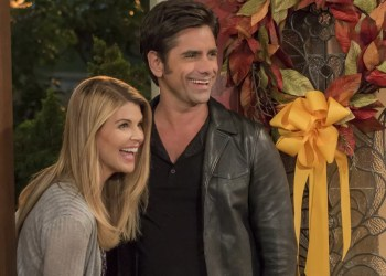 Fuller House Explains Aunt Becky's Absence in Final Season Following Lori Loughlin's Exit