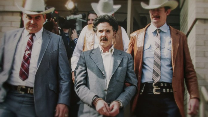 The Confession Killer  Henry Lee Lucas (center) being escorted by Ranger Bob Prince (left) and task force
