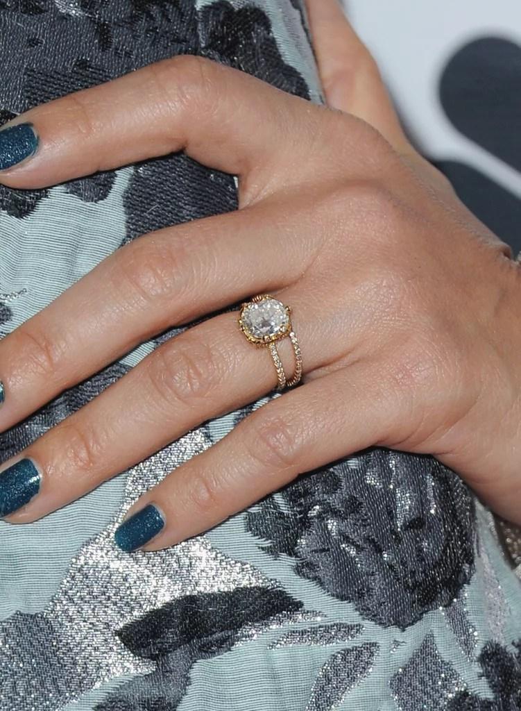 Jessicas Ring Latina Celebrity Engagement Rings