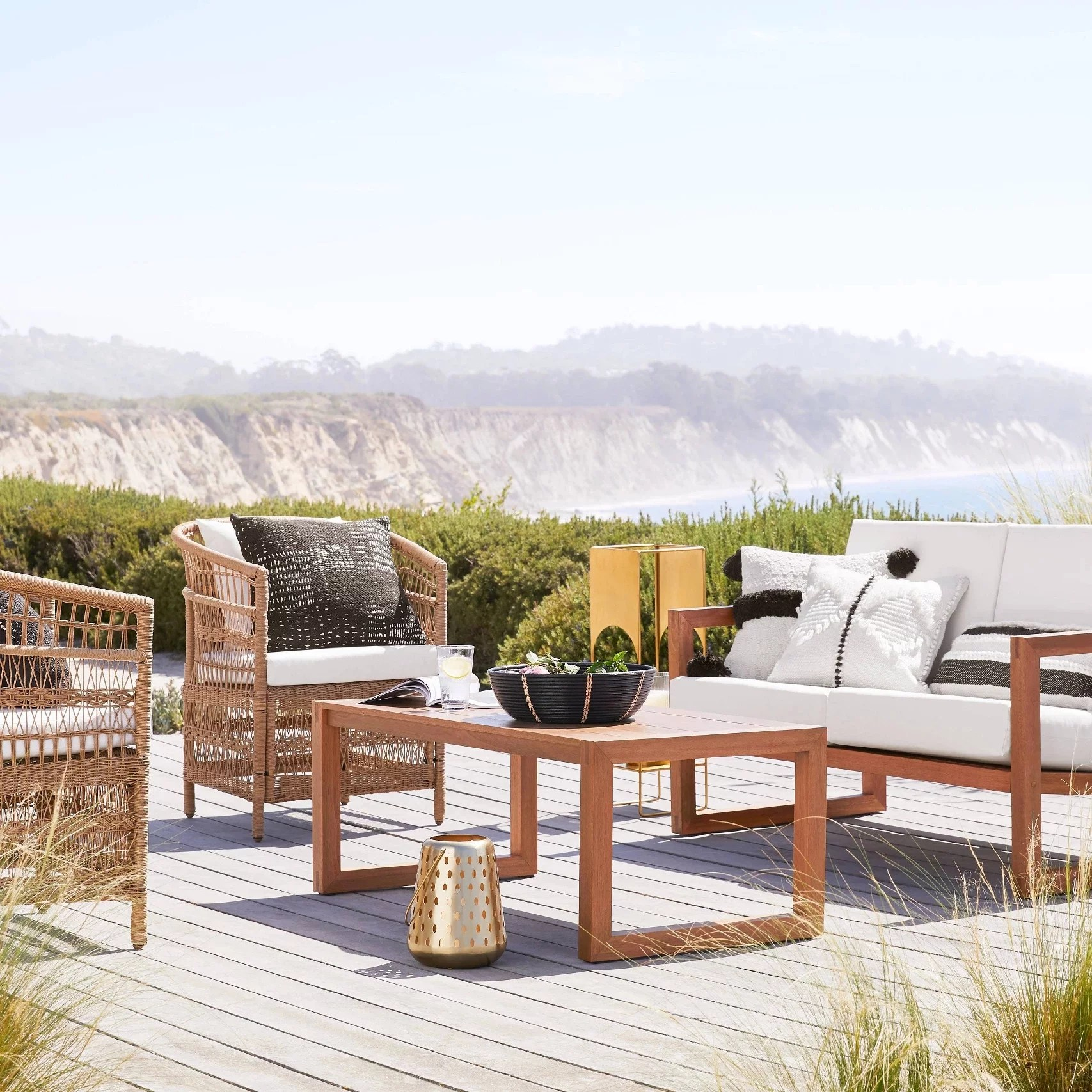 the best inexpensive outdoor furniture