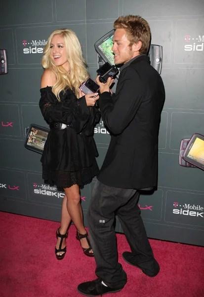 Bynes Amanda Boyfriend Doug Reinhardt