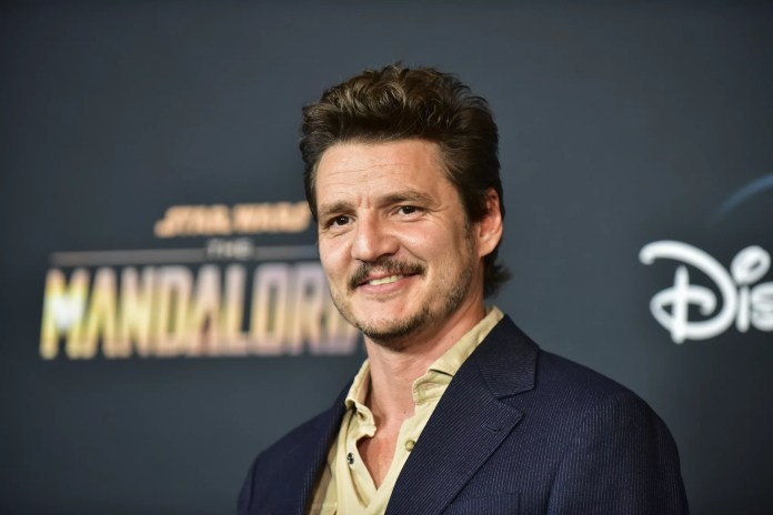 LOS ANGELES, CALIFORNIA - NOVEMBER 13: Pedro Pascal attends the premiere of Disney+'s
