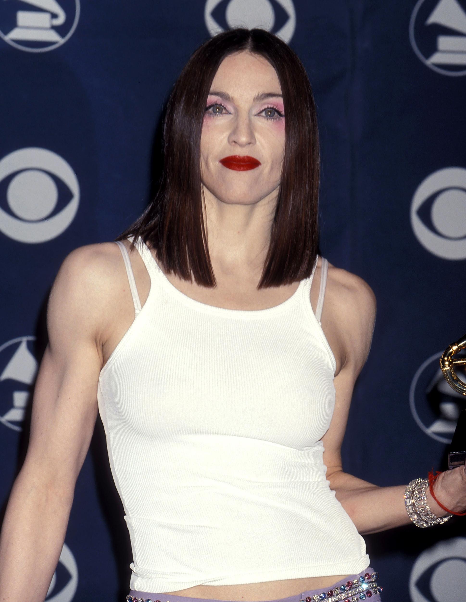 Madonna Dark Hair : madonna, Madonna, Teases, Darker, Hairdo, Adorable, Selfie, Daughter