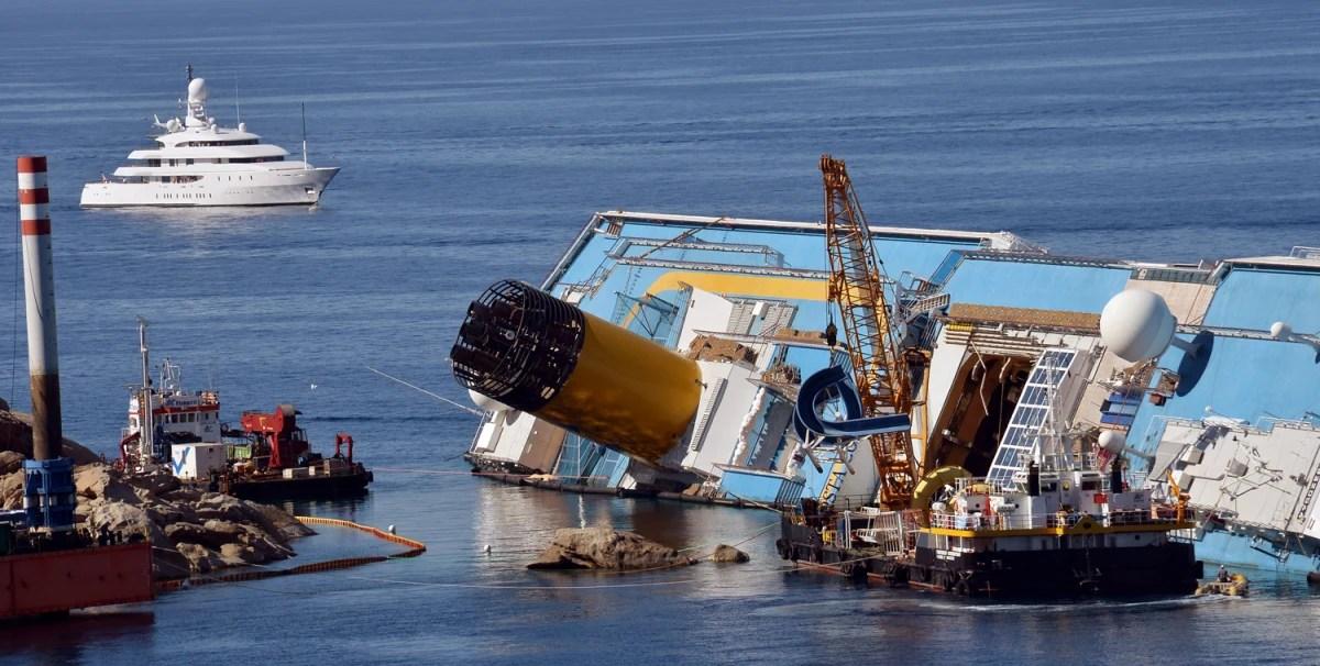 est100 一些攝影(some photos): Costa Concordia cruise ship, Costa Concordia disaster, 歌詩達協和號遊輪, 歌詩達協和號災難(歌詩 ...