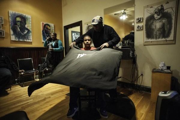 Barbershop Art In Baltimore - Nbc