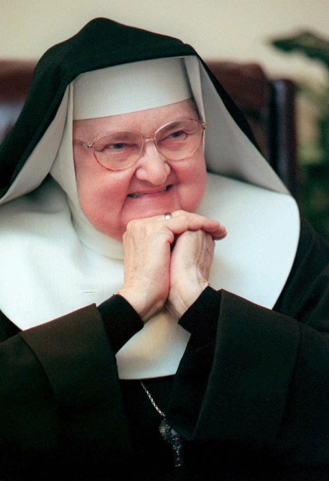 IMAGE: Mother Angelica in 1999