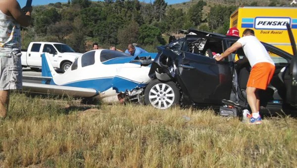 Image: plane crash into vehicle near State Route 76 in California