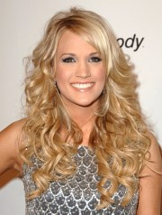 carrie underwood's hair evolution