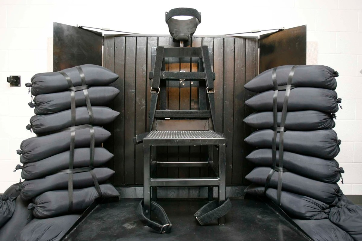 death by electric chair video where to buy covers for folding chairs mississippi advances bill bring back firing squad