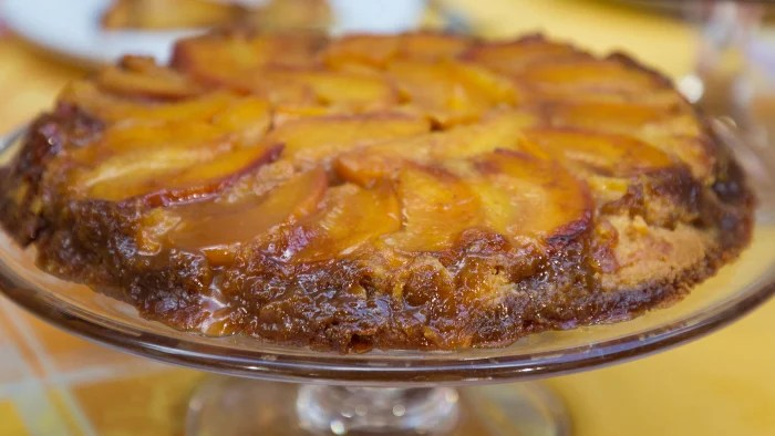 Easy Apple And Cinnamon Cake