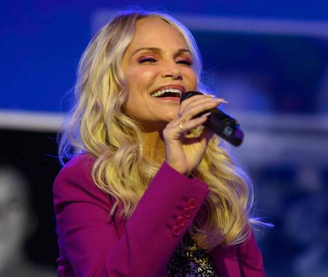 Video Kristin Chenoweth Performs Give It Away Written By Kathie Lee Gifford