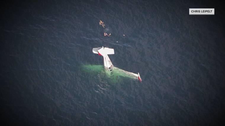 plane crash into california