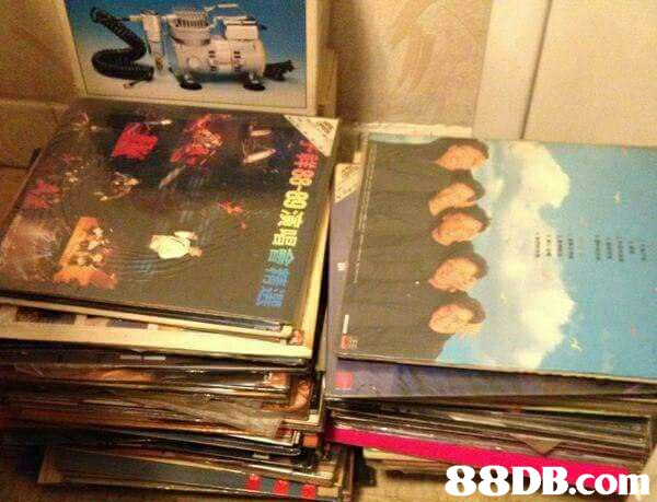 高價現金上門回收新/舊版CD唱片,黑膠唱片,舊什物 遠近照到 - HK 88DB.com