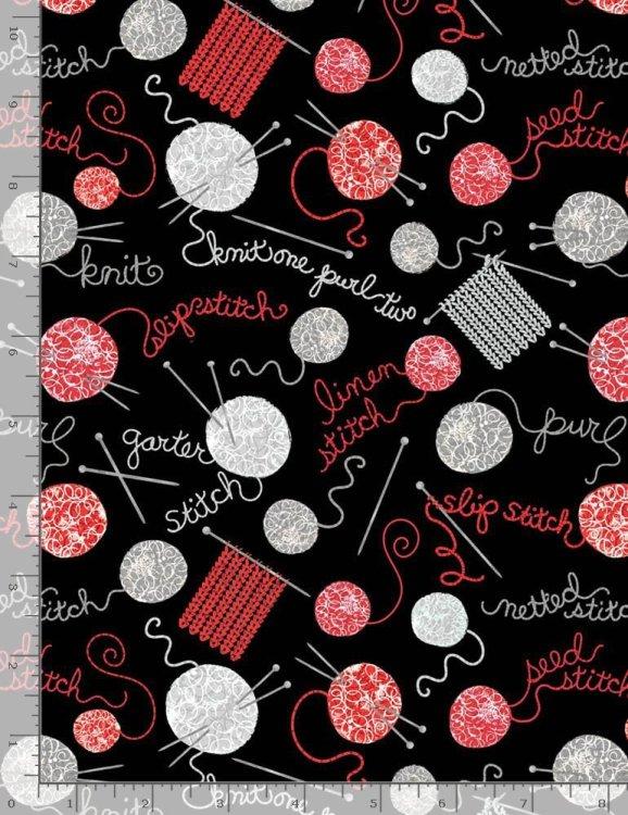 tyg med stickor och garnnystan i grått och rött.