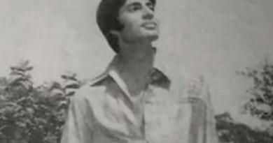 Amitabh Bachchan mocks hisflared fashion choices after dropping a throwback photo : Bollywood News – Bollywood Hungama