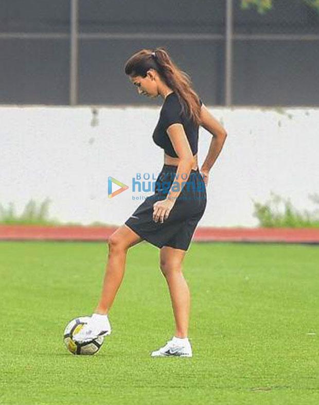 Sunday night Disha Patani plays soccer with Ranbir Kapoor, Tiger Shroff, Arjun Kapoor.