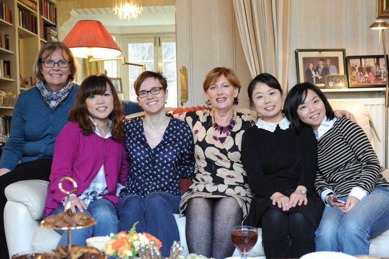Varje tisdag öppnar Giuliana upp sitt hem St. John's Wood för alla som vill lära sig mer om Afternoon Tea. Här är jag med fyra andra deltagare och Giuliana i mitten.