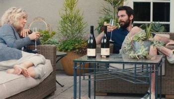 Blythe Danner and Martin Starr in Ill See You in My Dreams