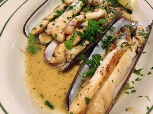 Razor clams with lemon, butter and chervil