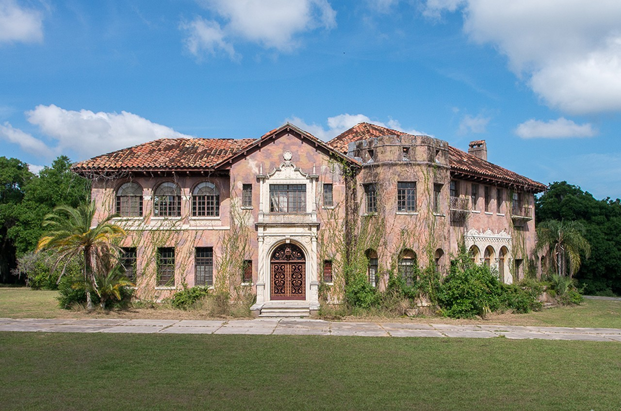 You can now buy the abandoned Howey Mansion for $500K