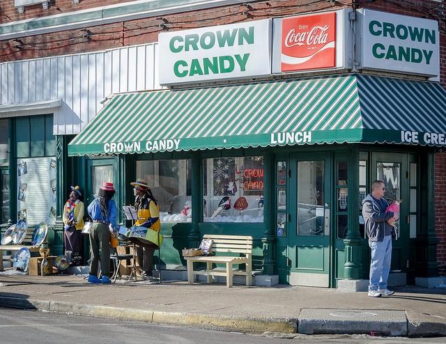 Food Network Praises St Louis Restaurants Disses Kansas