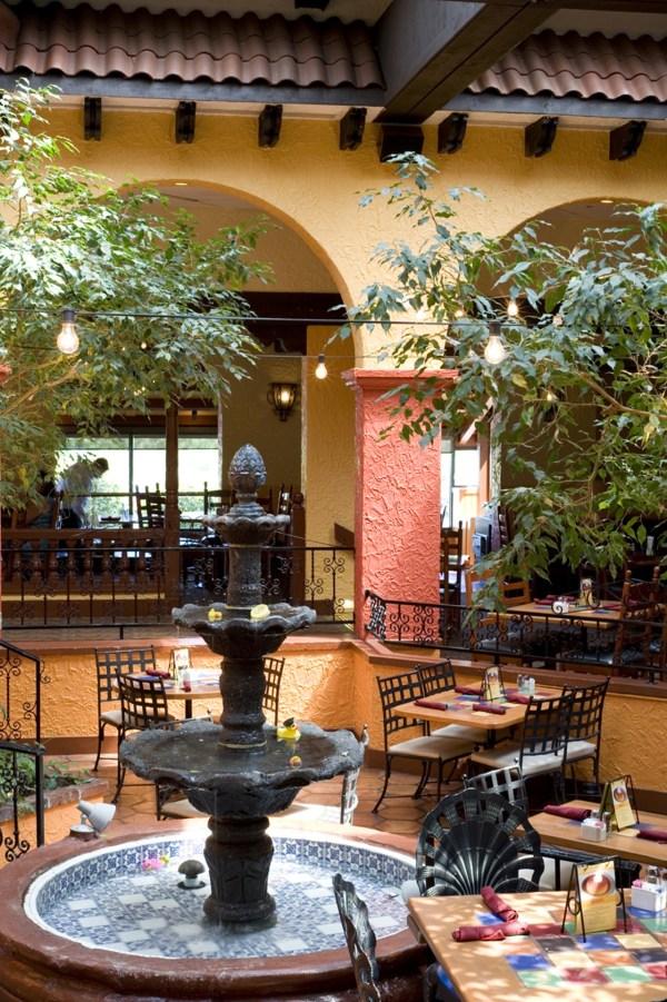 Casa Gallardo-des Peres Town & Country Mexican