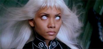 Halle Berry como Tormenta