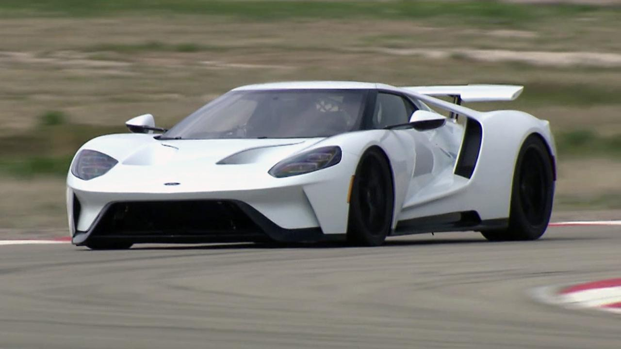 hight resolution of 2017 ford gt test drive