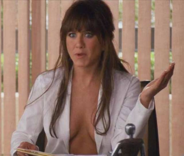 The Former Friends Star Jennifer Aniston Enjoyed The Sexy Scenes In Her Movie Horrible Bosses And Felt Comfortable Stripping In Front Of Her Co Stars