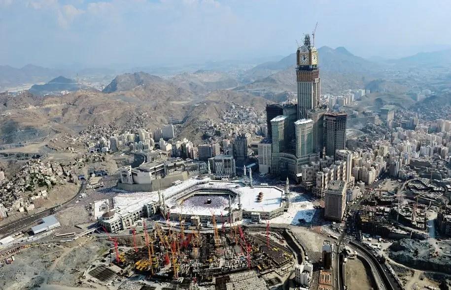 L'horloge géante est le symbole du développement effréné de La Mecque.