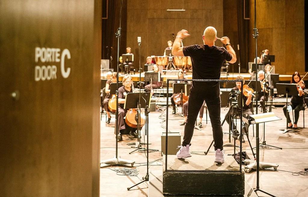 Depuis lundi, l'Orchestre Métropolitain se réunit à la salle Bourgie pour relever un défi inusité: enregistrer les symphonies de Beethoven, contraintes sanitaires au rendez-vous.