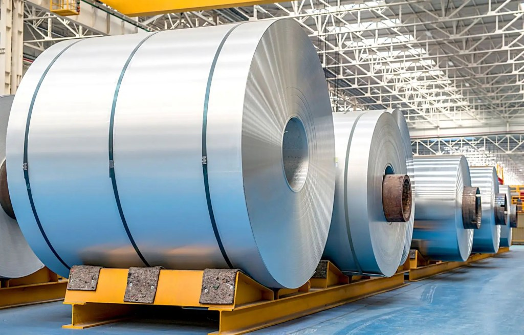 Washington retire ses tarifs douaniers de 10% sur l'aluminium canadien