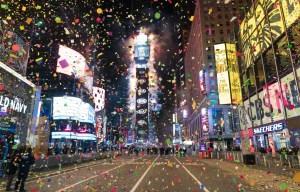 Dans le monde, l'année 2021 célébrée plus discrètement à l'ombre de la pandémie