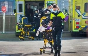 Des ambulanciers pour aider les infirmières dans les hôpitaux?