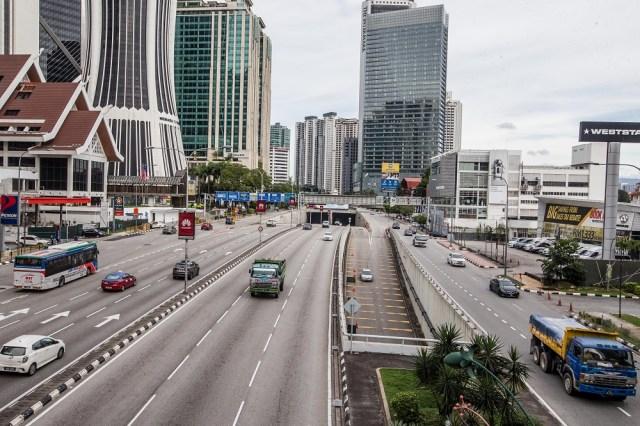 A general view of traffic along Jalan Tun Razak in Kuala Lumpur January 13, 2021. —  File picture by Firdaus Latif