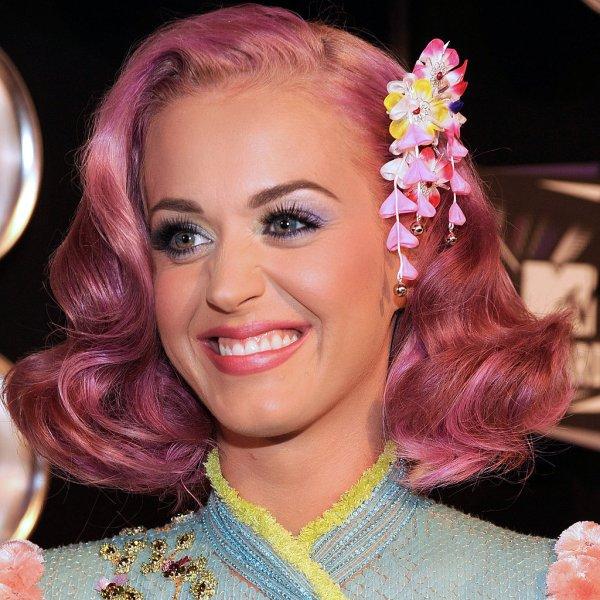 Katy Perry Pink Hair