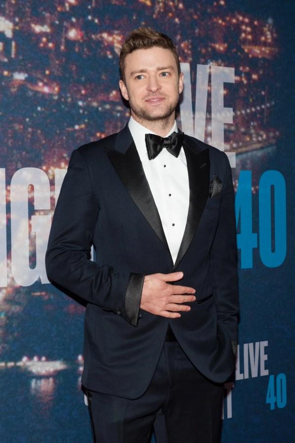 """""""justin Timberlake Coming."""" Andy Samberg'"""
