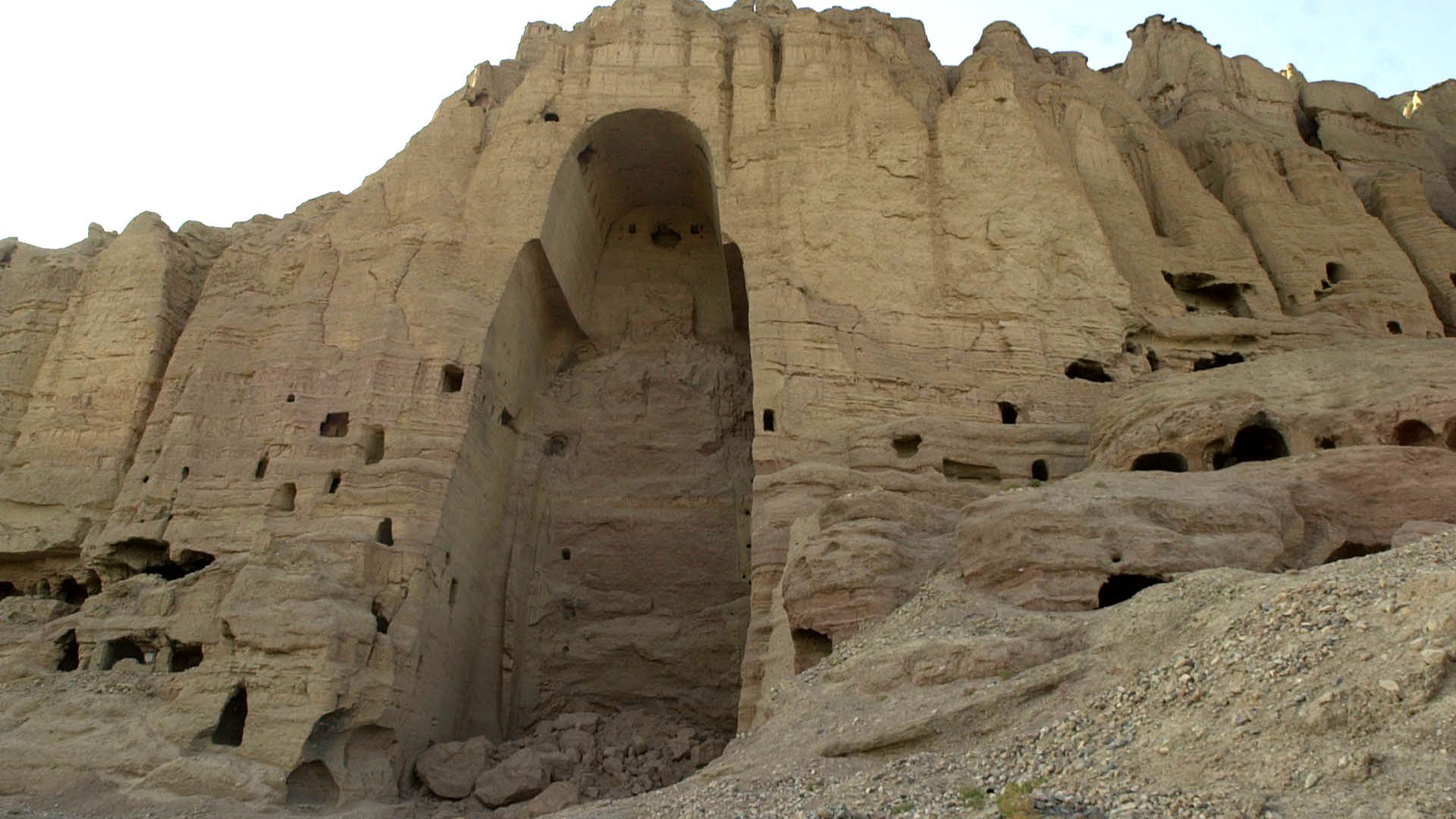 A destroyed 2000 year-old Buddha of Bamiyan in Afghanistan is cultural heritage intentionally destroyed by Taliban, so what, if anything, should be done about its restoration?