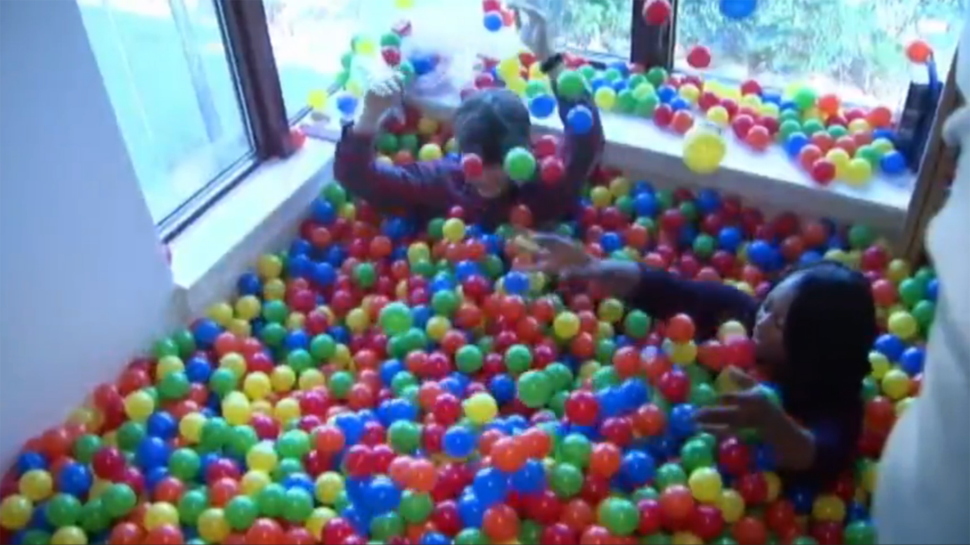 College Student Transforms Dorm Room Into Ball Pit  NBC News