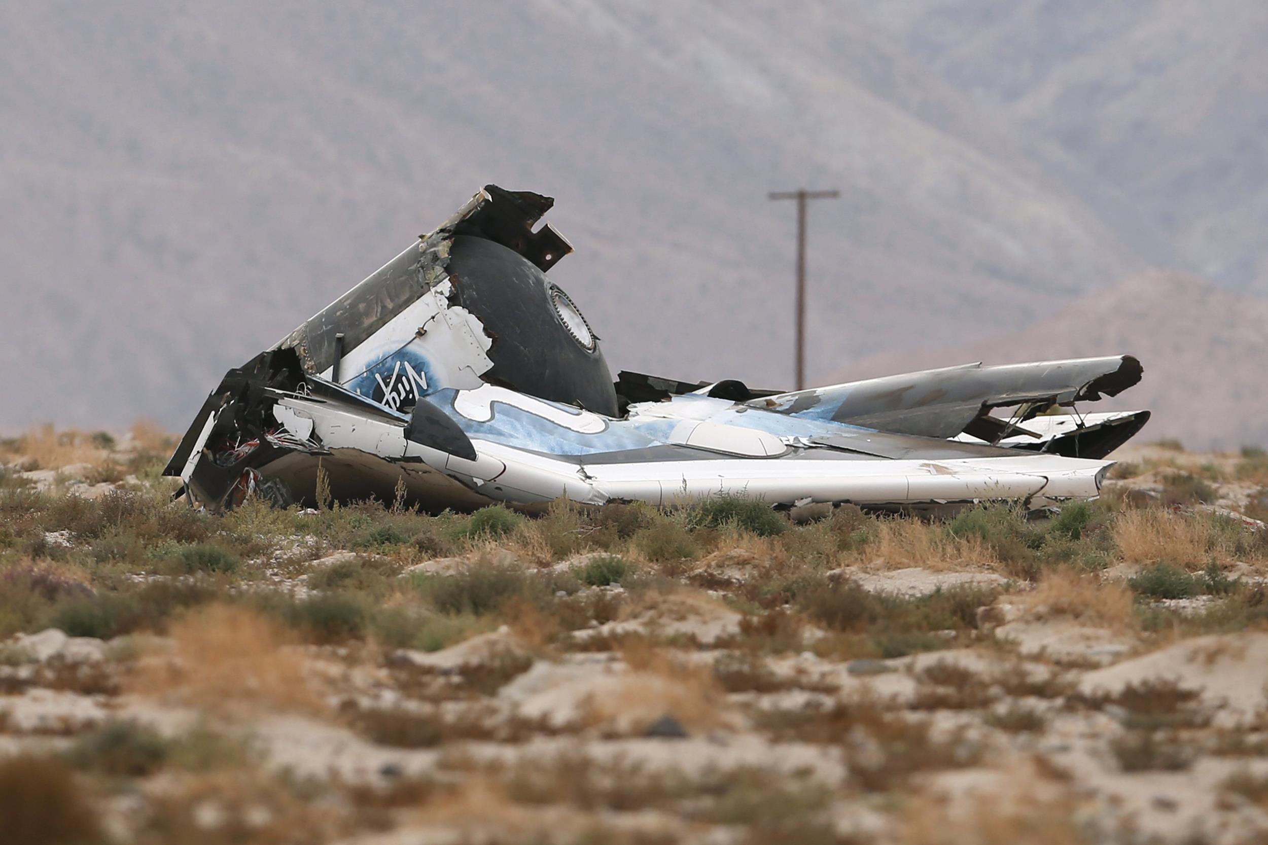 Pilot Injured In Spaceshiptwo Crash 'alert, Talking'  Nbc