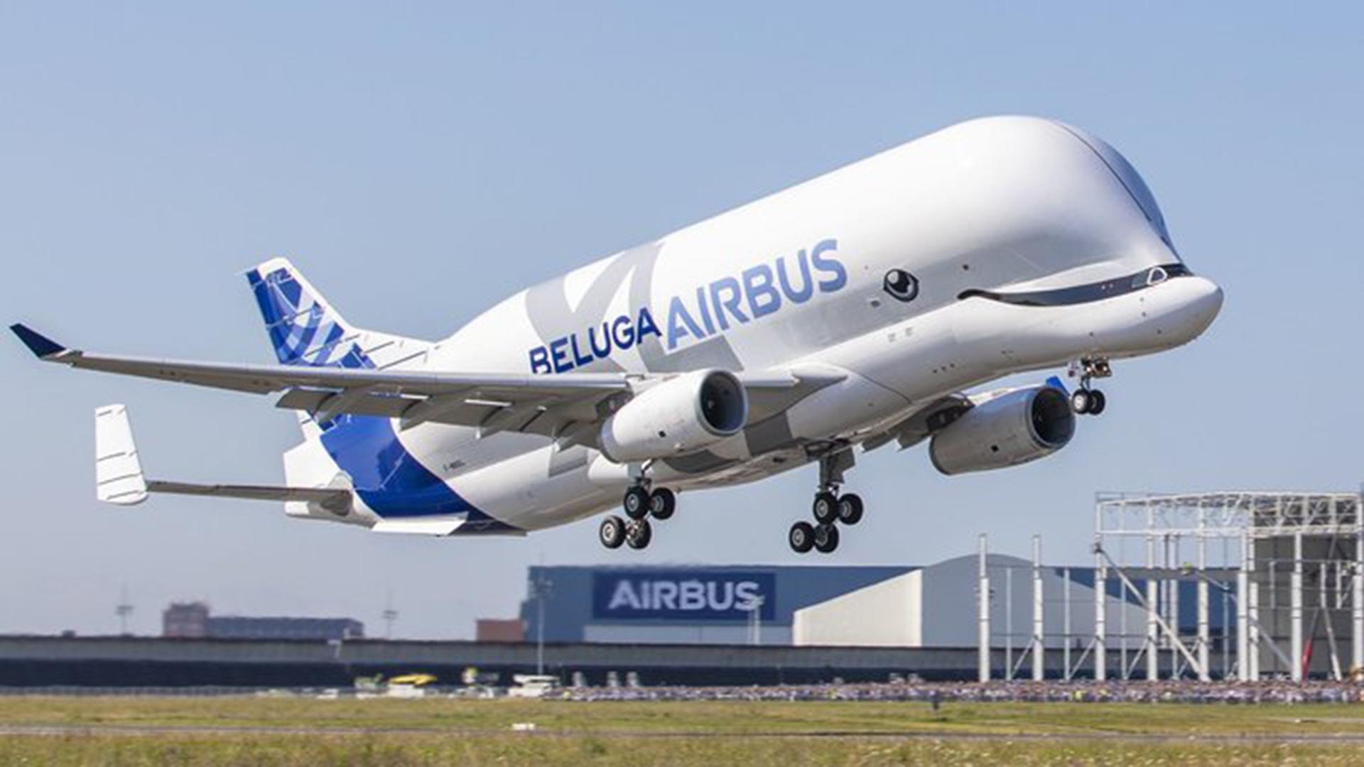 giant airbus plane that