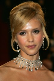 jessica alba's hairstyles & hair