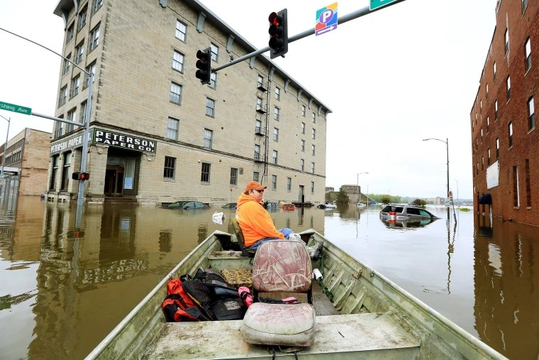 Image: Davenport Iowa Flooding