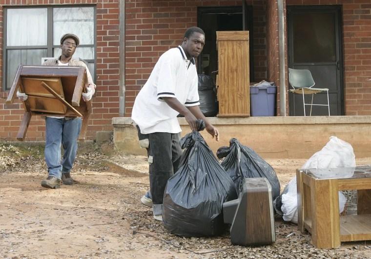 Image; South Carolina eviction