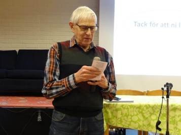 Bertil Jakobsson läste en dikt för oss.
