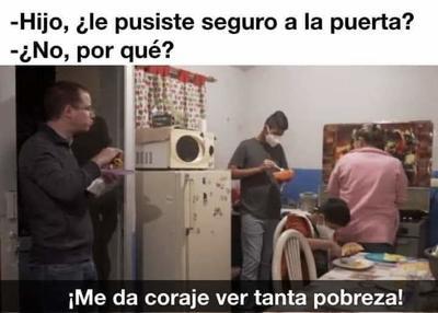 Con las caguamas no'; tunden a Ricardo Anaya con memes, El Siglo de Torreón
