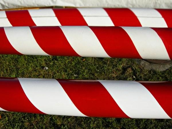 Maszt flagowy z włókna szklanego biało czerwony