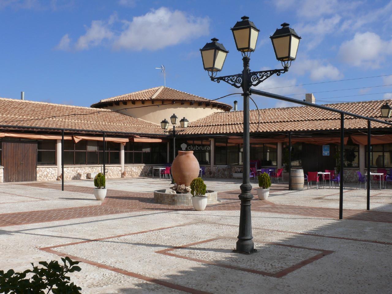 Fotos de Hotel Enoturismo Mainetes  Albacete  Fuente