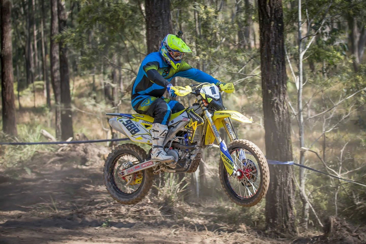 hight resolution of mx1 australia suzuki s trent lean has wrapped up his 5th australian off road championship at the final round of the 2015 championship held in dungog last