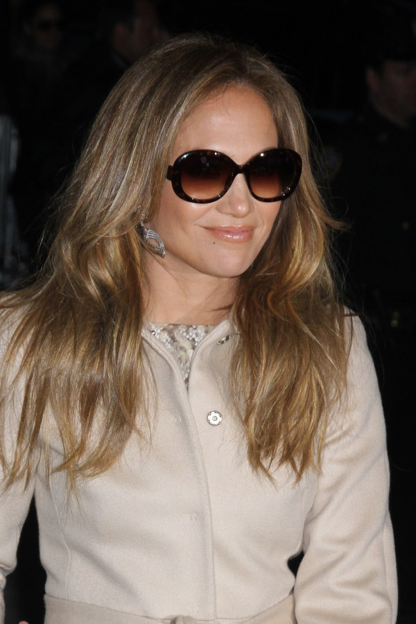 Jennifer Lopez Put Sunglasses . Casper Smart